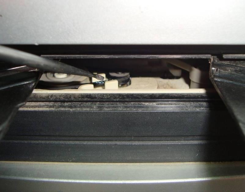 reparar-lectora-que-no-abre-bandeja-home