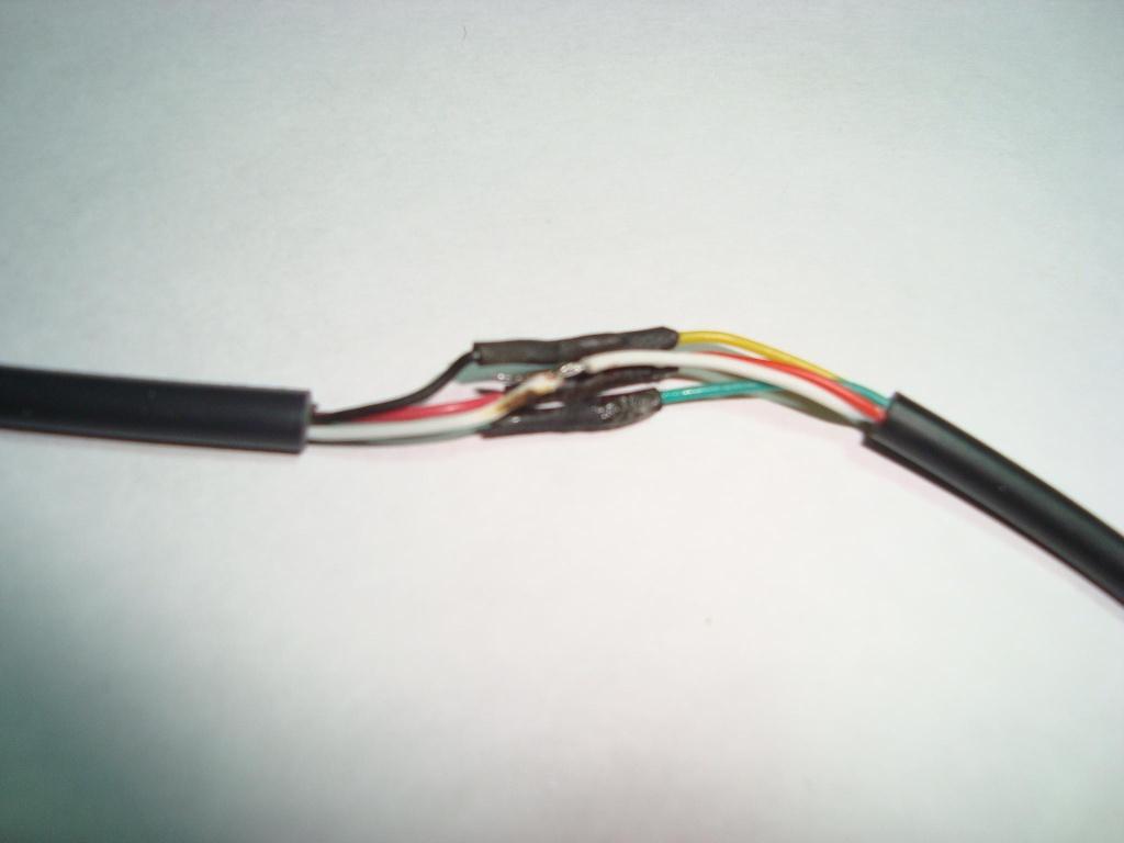 Cambiar conector Mini-Din de Teclado